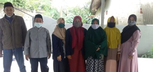 Pelaksanaan Kegiatan PRA di Wilayah RT. 04 RW. 05, Kp. Rawa Kalong Poncol, Kelurahan Aren Jaya Kec. Bekasi Timur oleh mahasiswa Prodi PMI UIN Jakarta